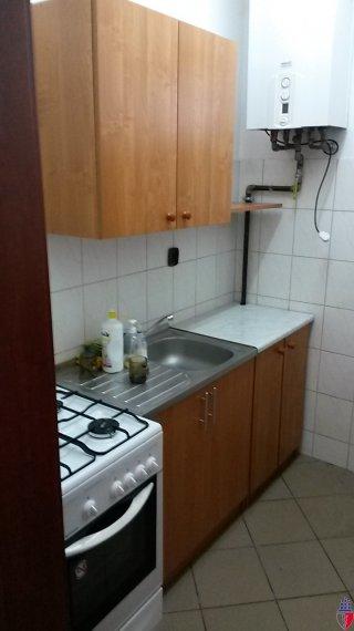 aneks kuchenny z bezpośrednim wejściem z sali