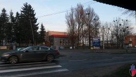położenie przy głównej, wojewódzkiej drodze Wągrowiec - Gniezno
